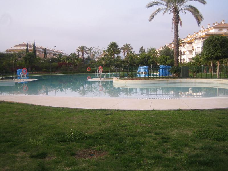 PENTHOUSE IN NUEVA ANDALUCIA, 1 Bed - 1 Bath, Built: 65m2, €235.000