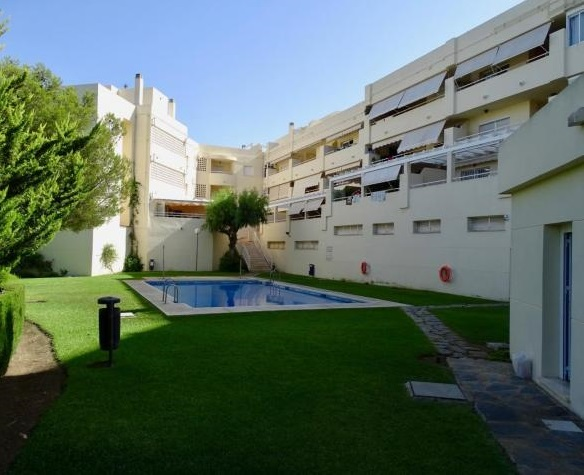 APARTMENT IN FUENGIROLA, 2 Beds - 1 Bath, Built: 80m2, €187.000