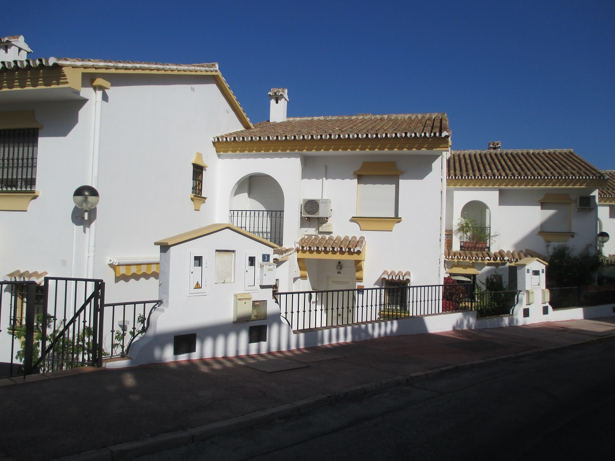TOWNHOUSE IN TORREMAR